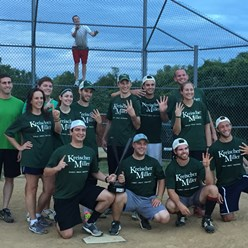 2016-softball-team-champs